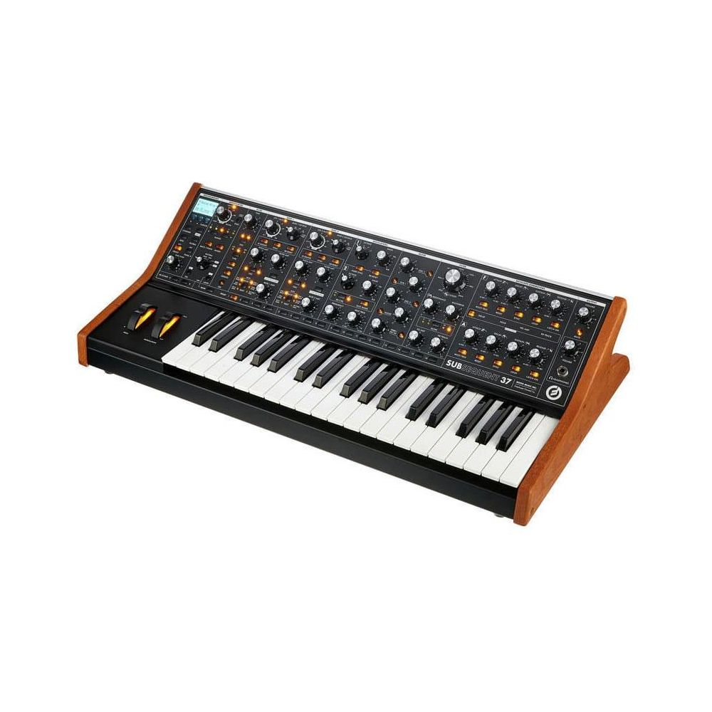 Moog Subsequent 37 THREMIN